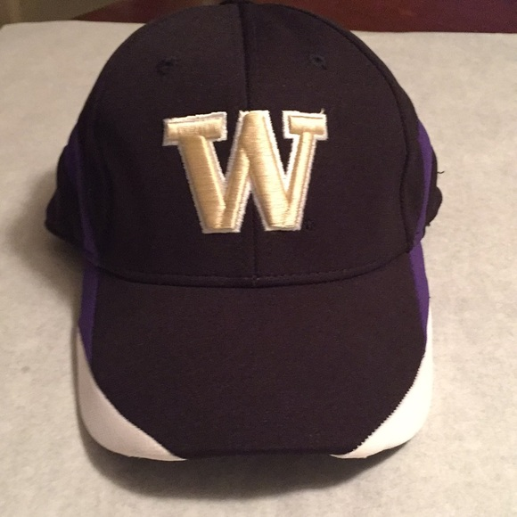 8aa4aa62c University of Washington Huskies hat